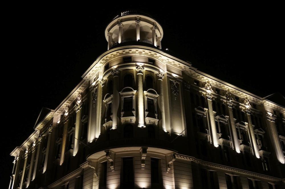 2_hotel