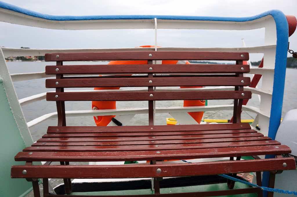 ławka na łódce